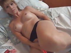 Amateur Blonde Blowjob MILF POV