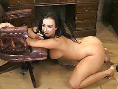 British Big Boobs Big Butts Webcam