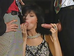 Brunette Double Penetration Facial French Threesome