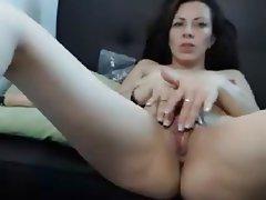 Amateur Close Up Masturbation MILF